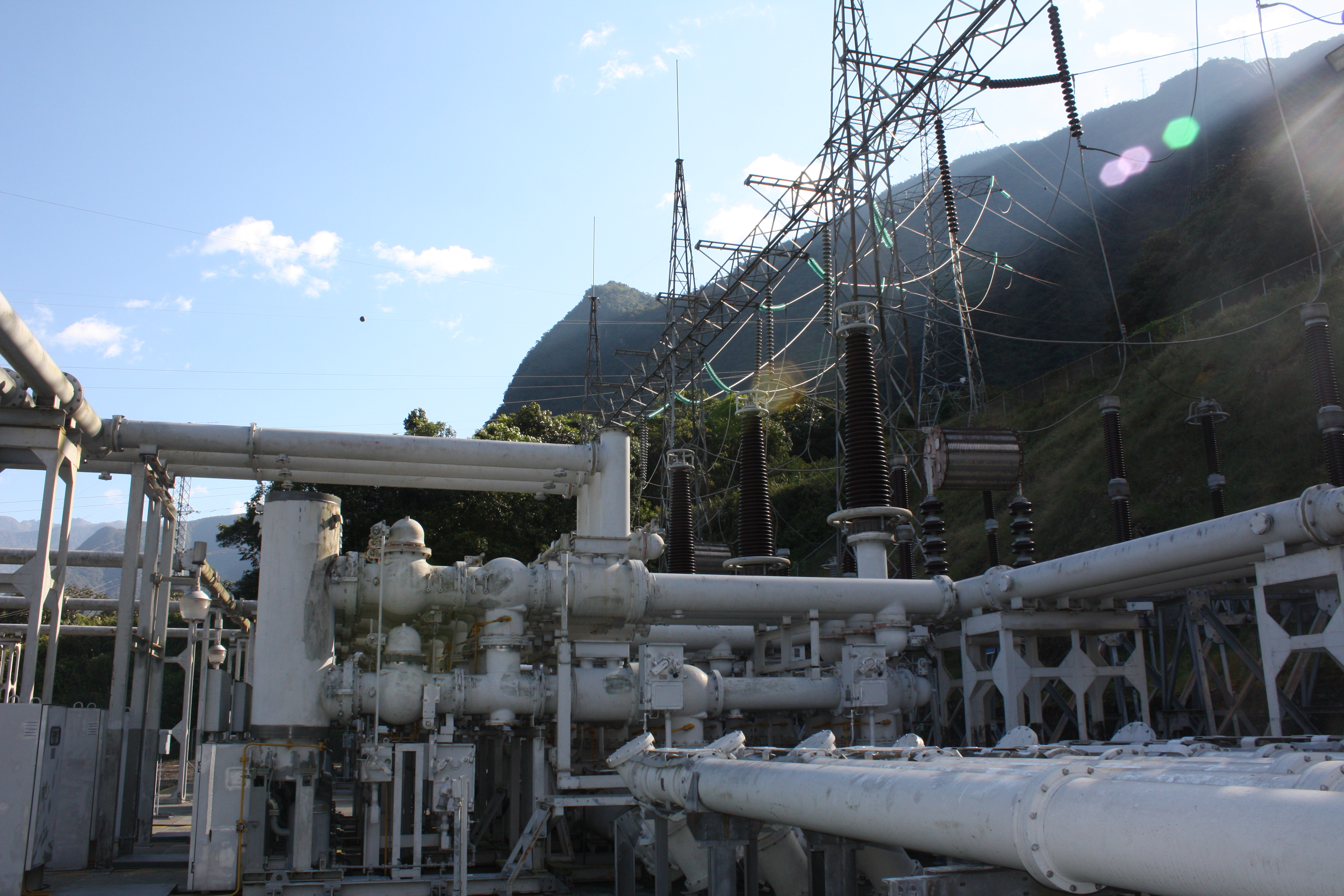 Auditoría Energética y Diseño de Plan de Energía Limpia de Ecuador