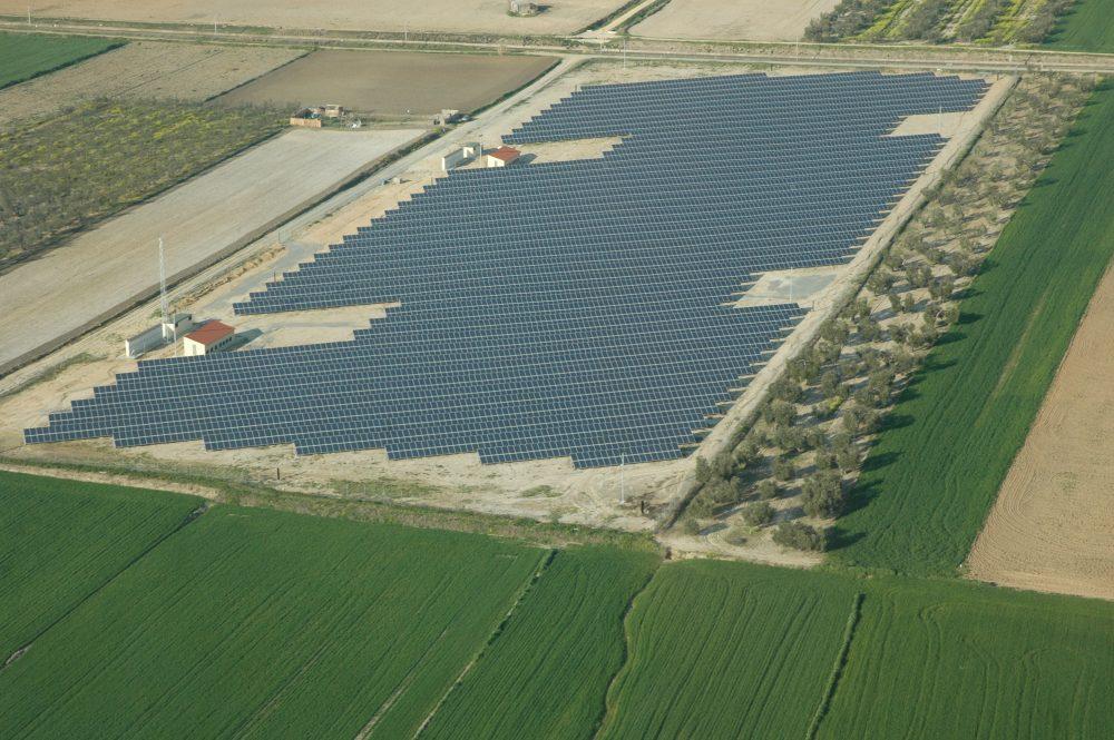 Parque Solar Aguilar: Promoción, Ingeniería y Ejecución